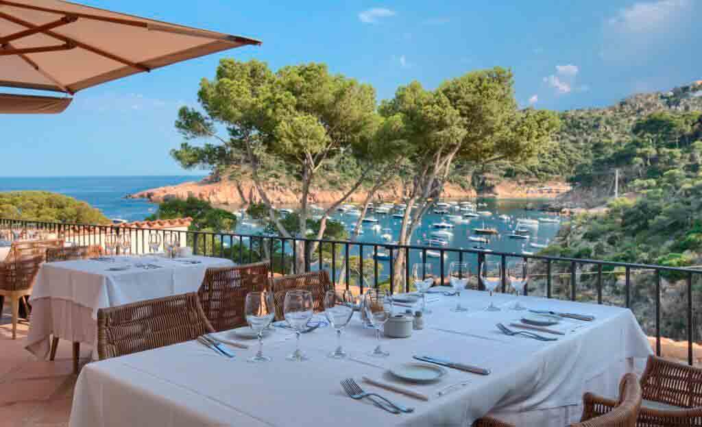 restaurante vista mar hotel aigua blava