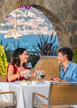 hotel spa terraza roses restaurante